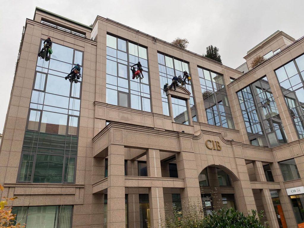 CIB Bank székház külső tisztítása